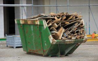 Avfallhenting av oppussing eller renovering materialer